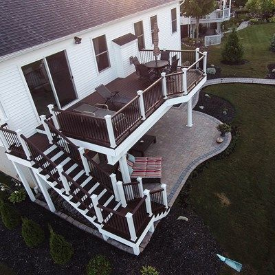 Walk out deck picture 3681 for Deck ideas above walkout basement