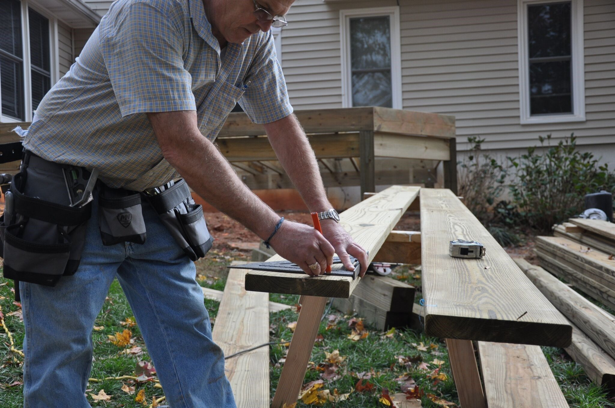 Decks Deck Joist Sizing And Spacing