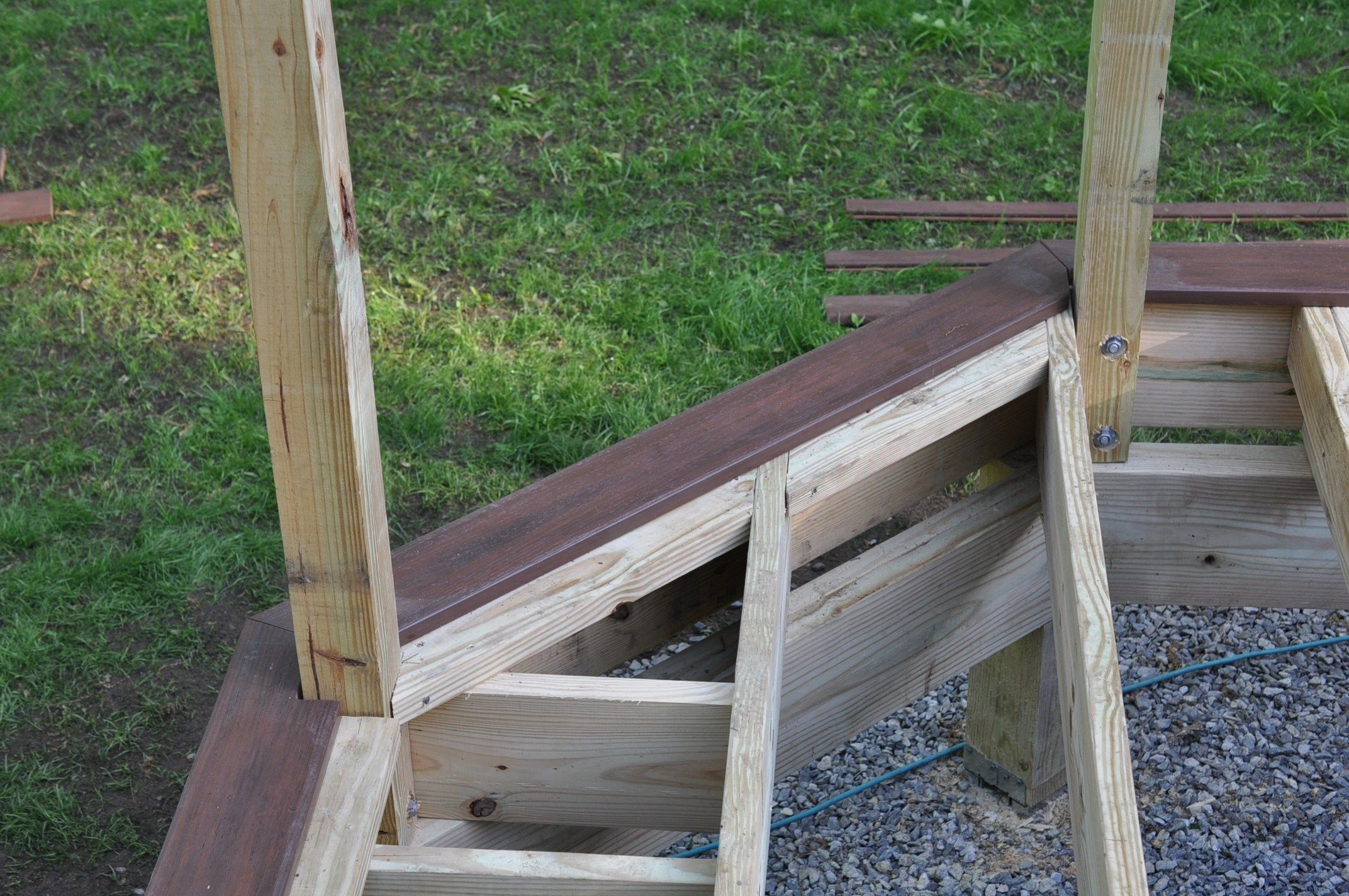 pictures How to Repair Trex Decking