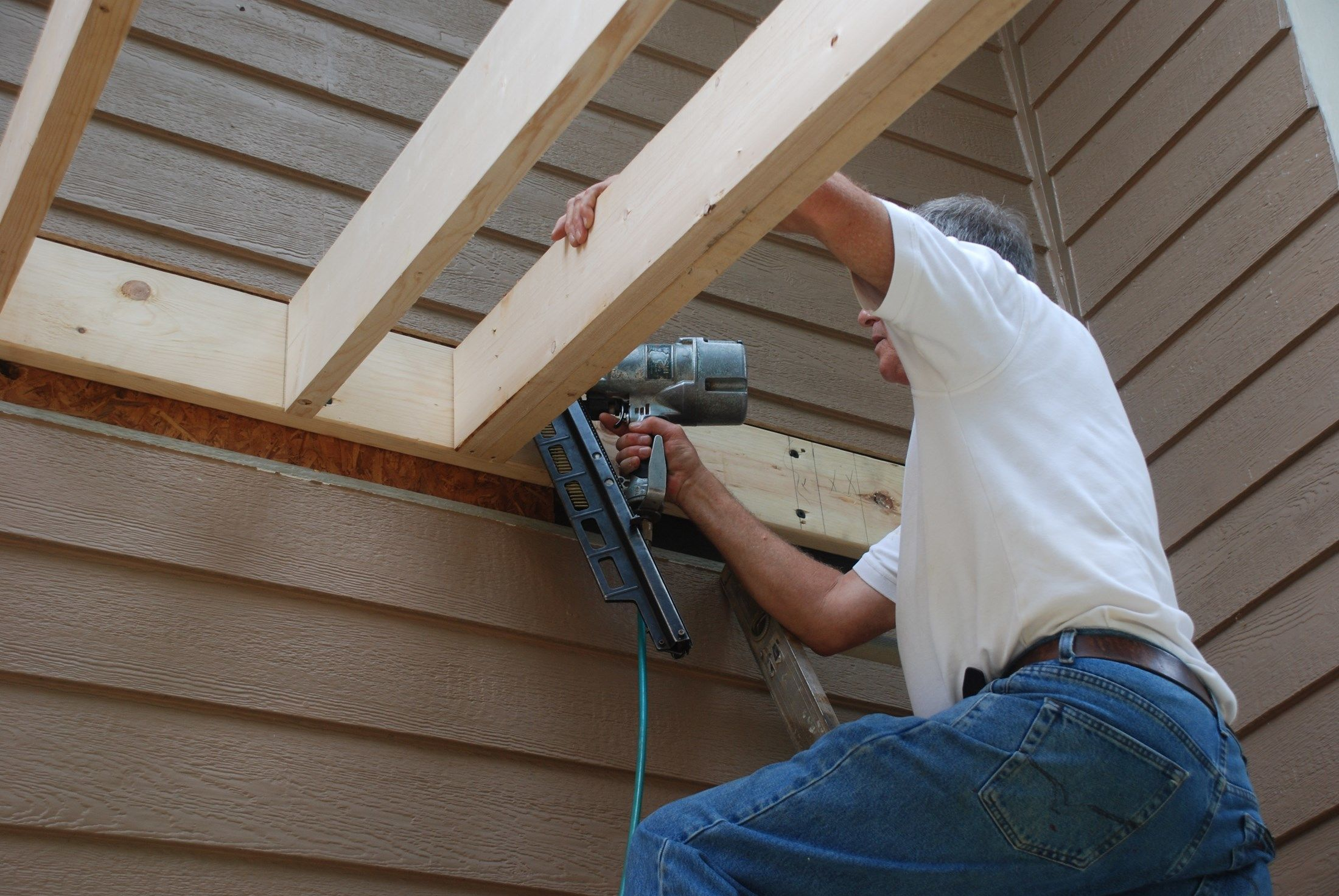 Building a shed roof over a deck - Things consider installing balcony home ...