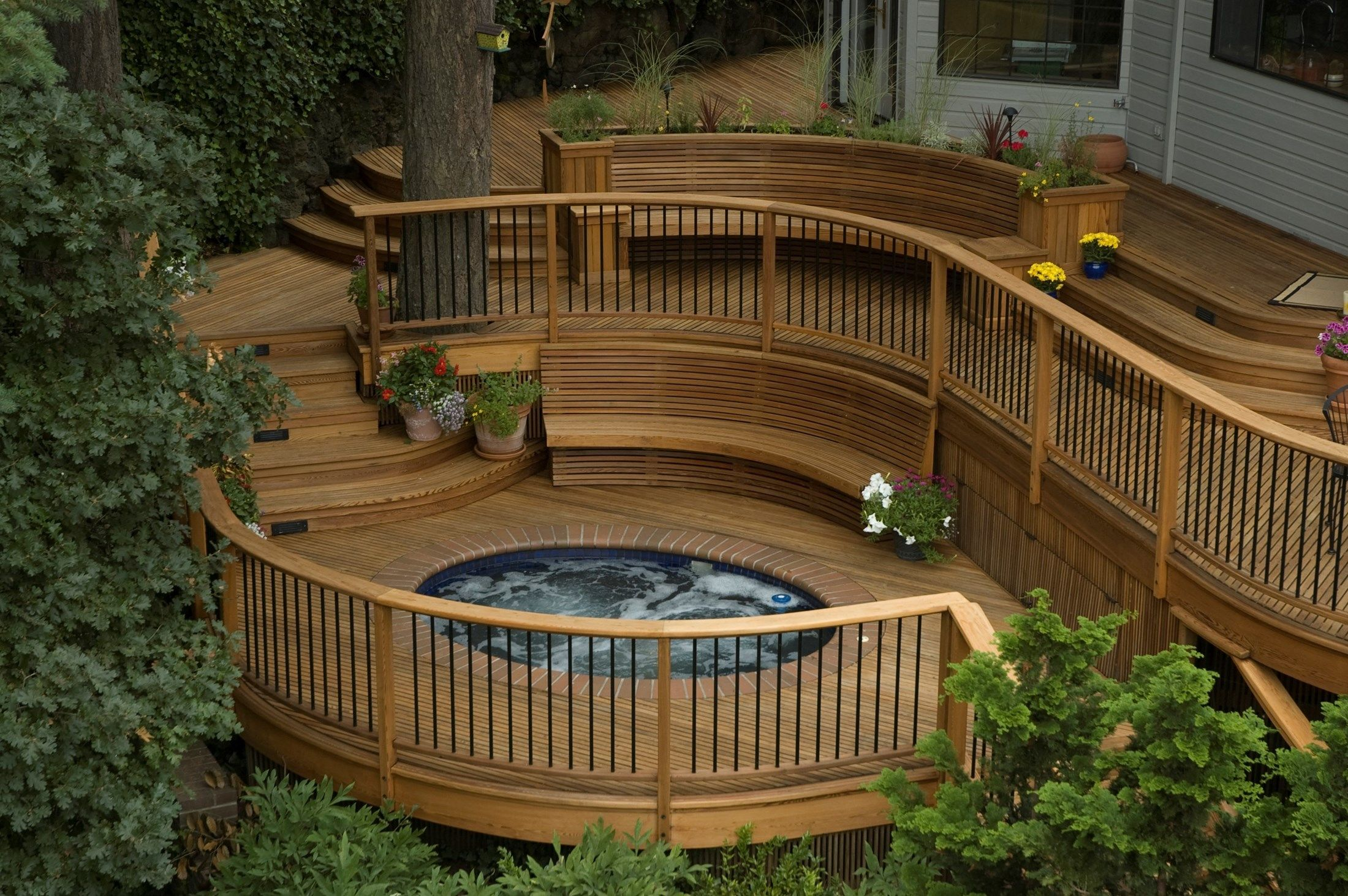 Deck idea pictures for Circular garden decking