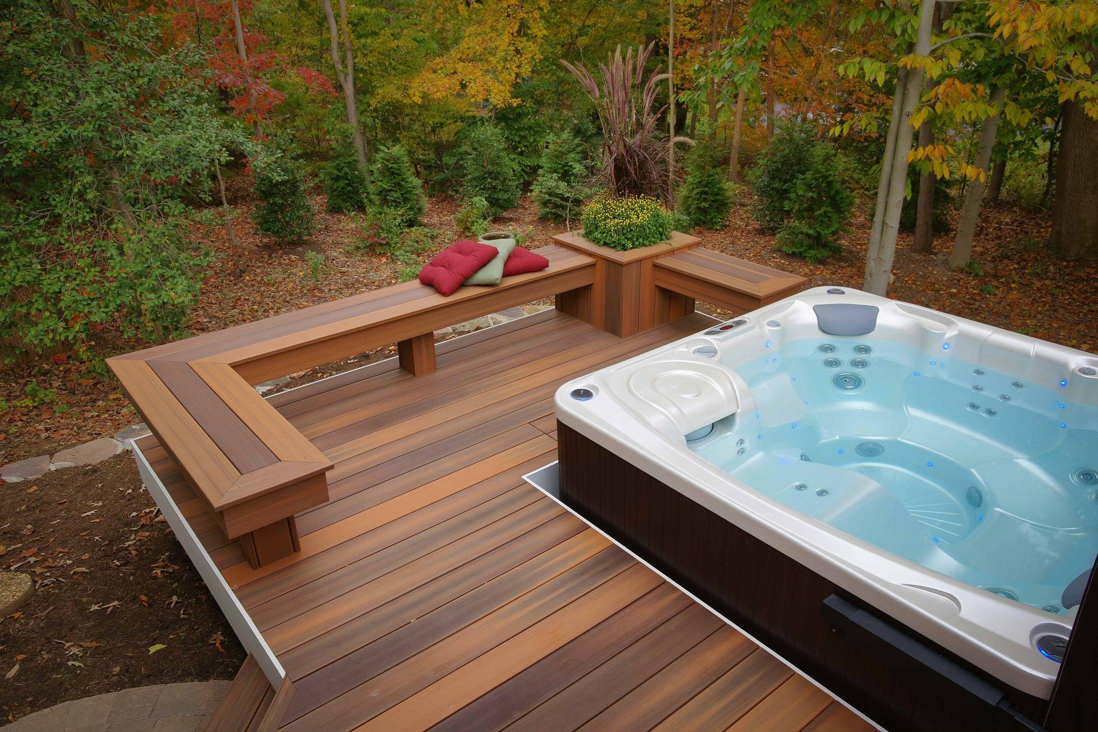 davidson curved deck picture 1427. Black Bedroom Furniture Sets. Home Design Ideas