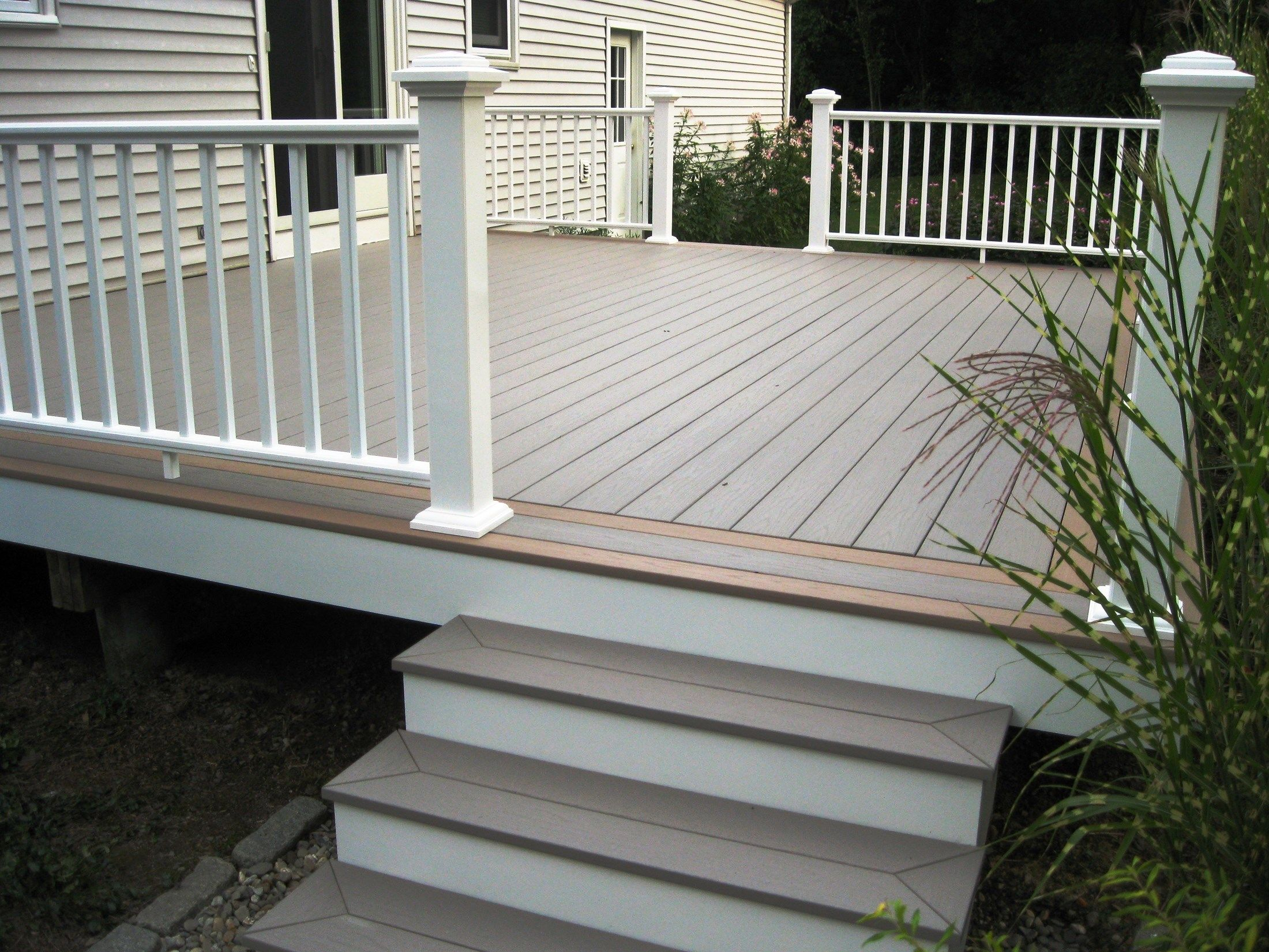Pvc Decking And Rails Picture 6295