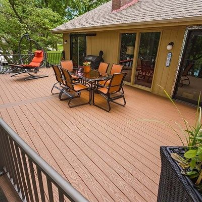 Radius Deck - Picture 1264