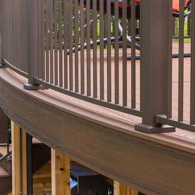 Radius Deck - Picture 1266