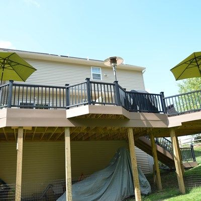 Custom Multi Level deck - Picture 1799