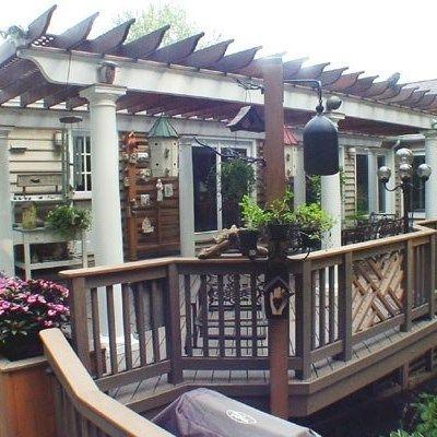 Deck with Arbor/Trellis - Picture 2100