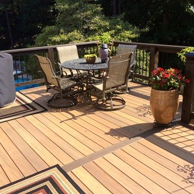 Two tone composite deck - Picture 3166