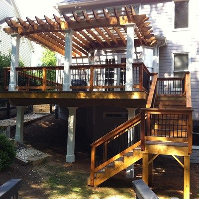 Cedar pergola, beautiful deck. - Picture 3167
