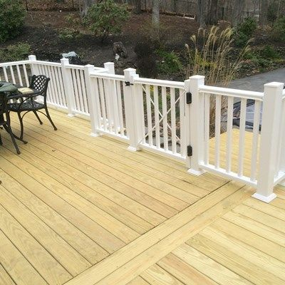 Deck - Picture 3184