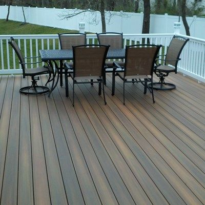 Custom Deck in Manalapan N.J. - Picture 3321