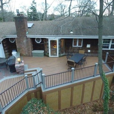 Deck in Dix Hills, NY - Picture 3483