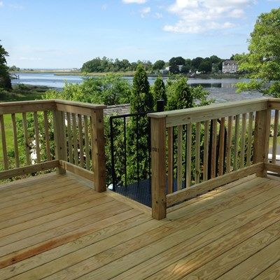 Deck - Bridgeport - Picture 3708