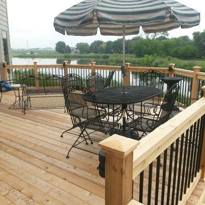 Cedar Deck - Picture 3824