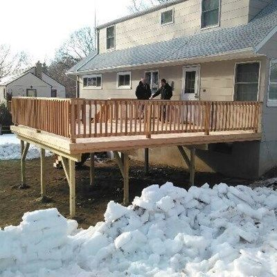 Deck in Deer Park - Picture 4013