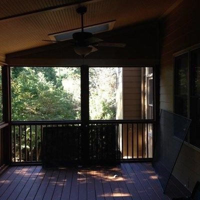 2nd Story Screen Deck - Picture 4062