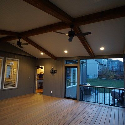 Gable Roof Screened Porch - Picture 5178