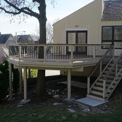 Composite Deck - Picture 5228