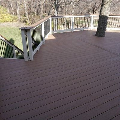 Composite Deck - Picture 5231
