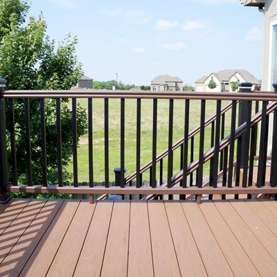 Composite Deck - Picture 5286