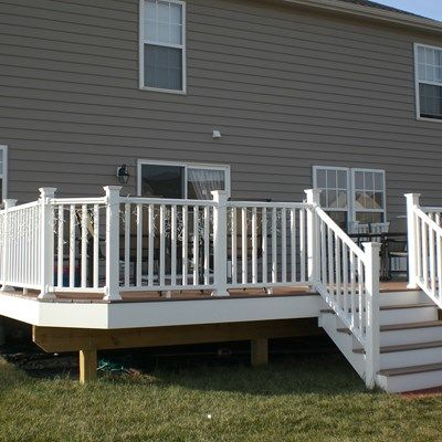 Composite Decks With PVC Vinyl Railing - Picture 6428