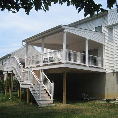 Composite Decks With PVC Vinyl Railing - Picture 6434