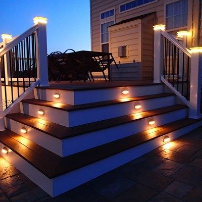 Composite Decks With PVC Vinyl Railing - Picture 6436