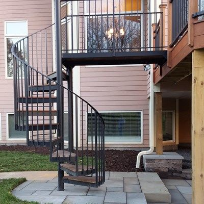 Deck with Spiral Stair Case - Picture 6450