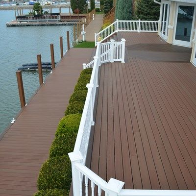 Low-Maintenance Dock - Picture 6880