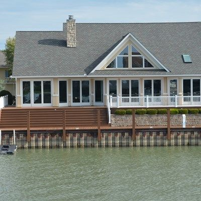 Low-Maintenance Dock - Picture 6883