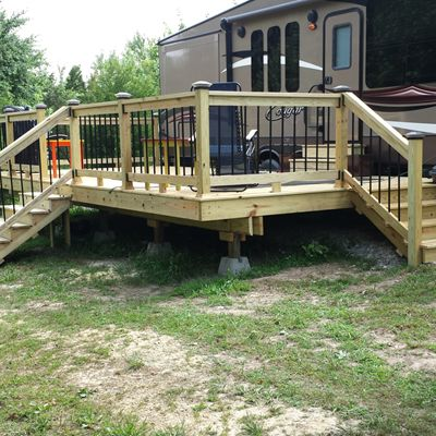 Freestanding Camper Deck - Picture 7040