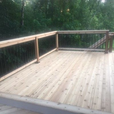 Cedar deck with aluminum baluster railings. - Picture 7214