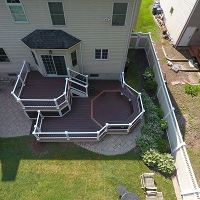 Custom 2 level deck - Picture 7514