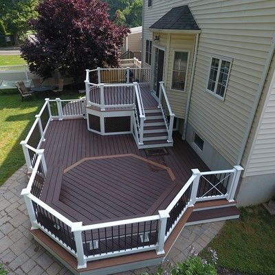 Custom 2 level deck - Picture 7516