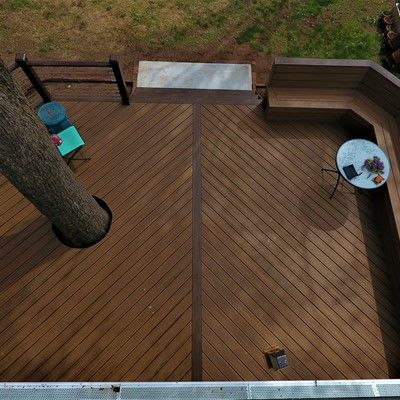 Around the tree deck , V-shape floor & custom bench - Picture 7551