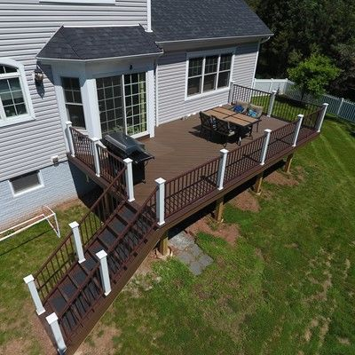 Spiced rum deck with aluminum railings - Picture 7554