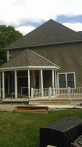 Octagon shaped screened porch - Picture 7816