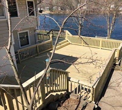 Shelton CT  P/T. Wood deck - Picture 7948
