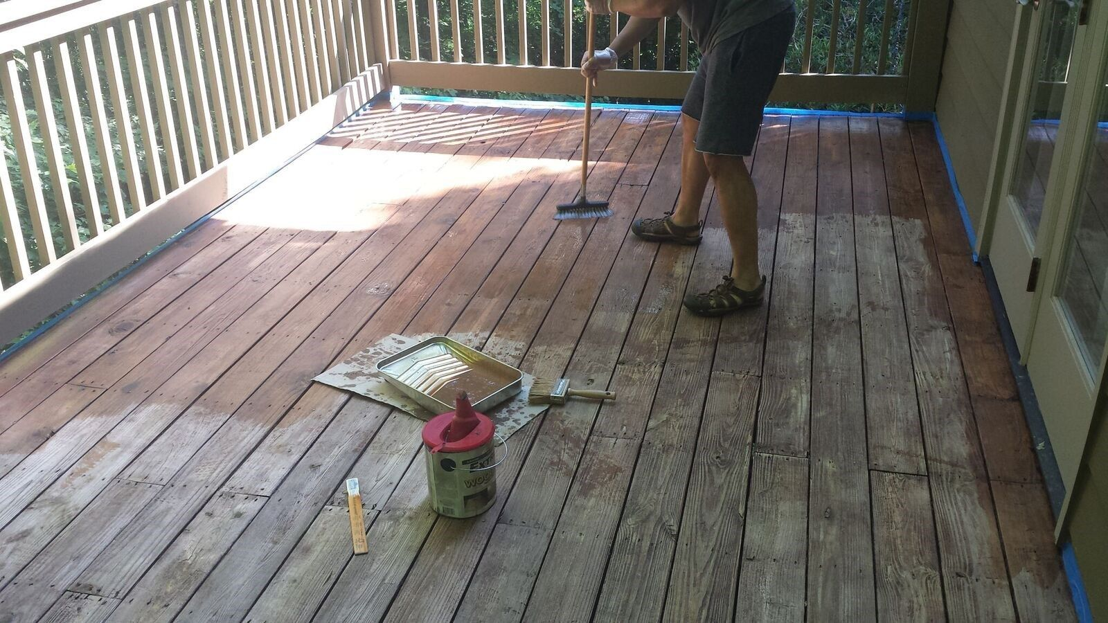 How To Stain A Wood Deck Decks