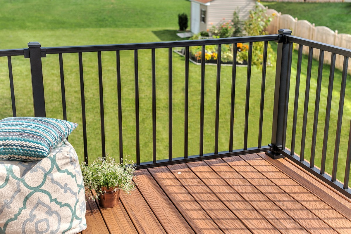 Top 18 Deck Railing Ideas Amp Designs Decks Com