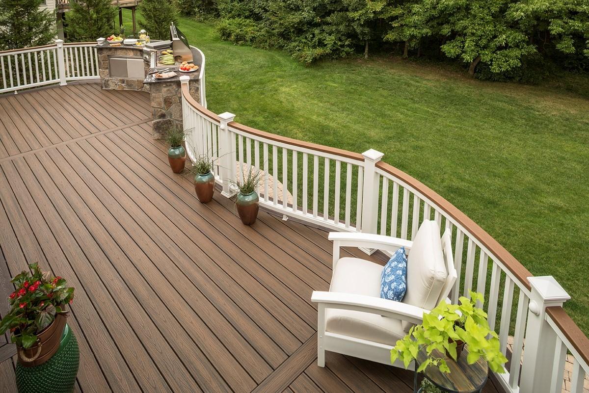 Top 18 Deck Railing Ideas & Designs | Decks.com