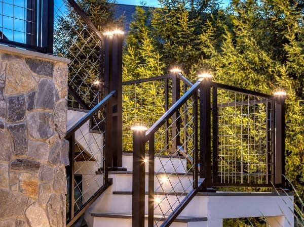 Deckpost Lights