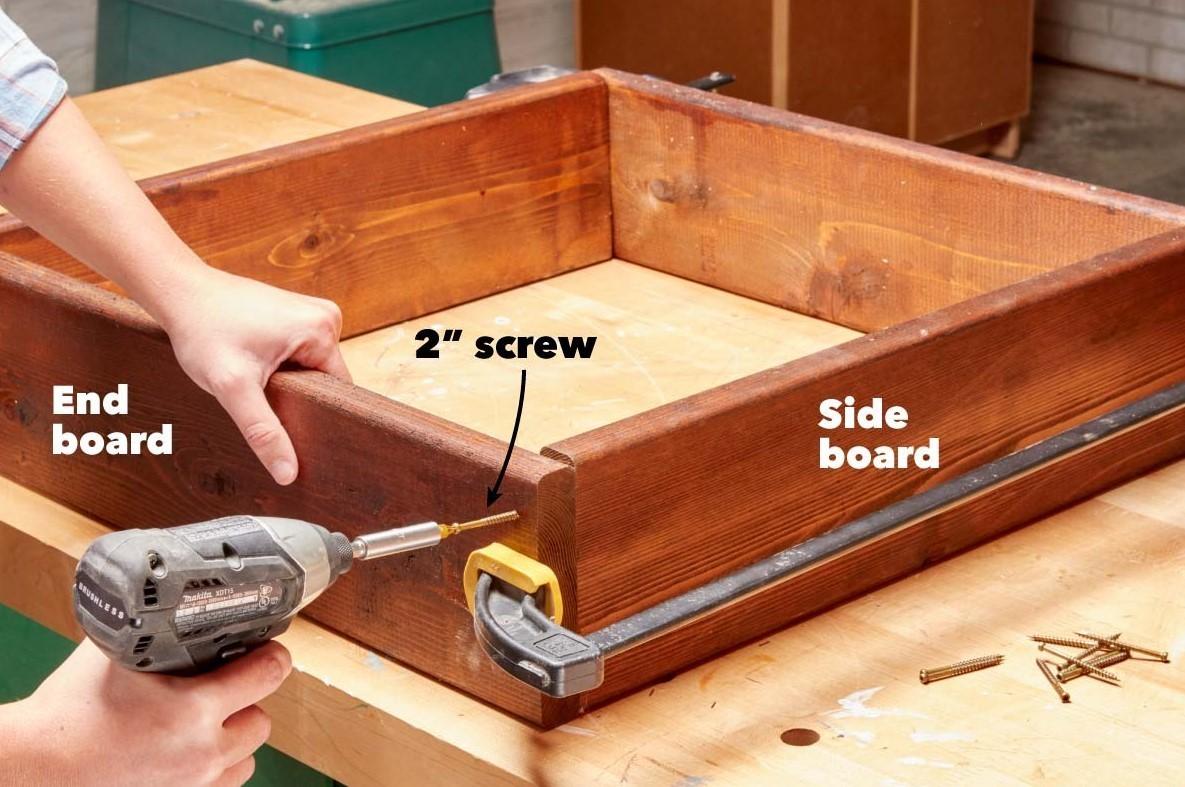 Picture of: How To Build A Diy Deck Railing Planter Box Decks Com