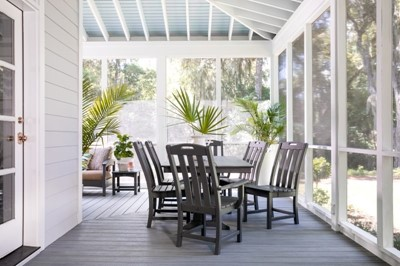 Enclosed backyard dining room design