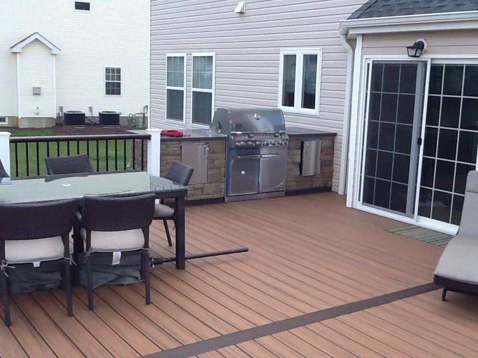 Kitchen, Fire pit and Bar table - Picture 1128