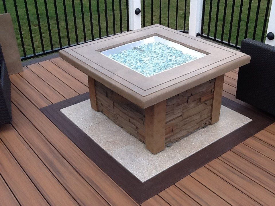 Kitchen, Fire pit and Bar table - Picture 1129