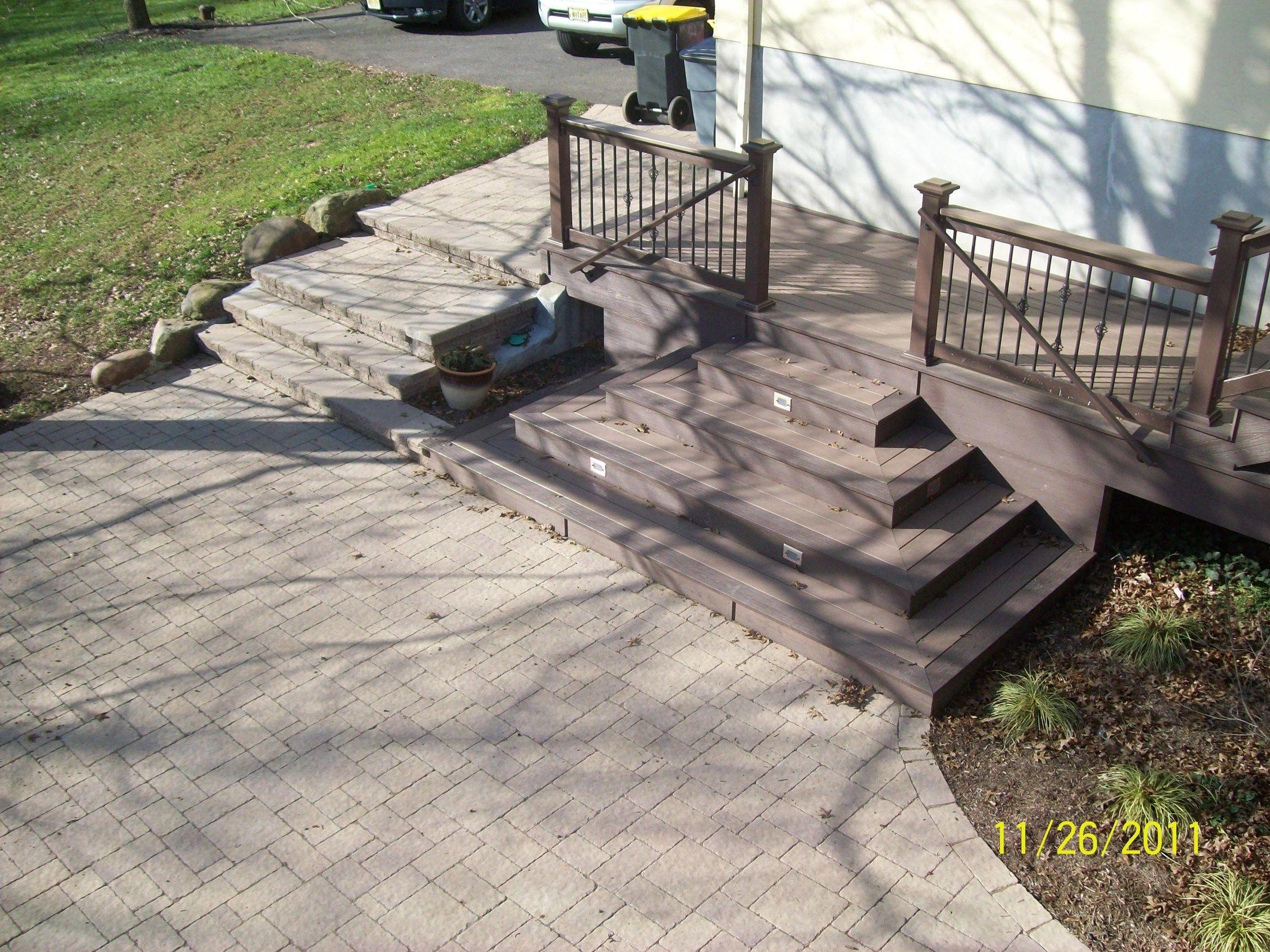 Deck under Deck - Picture 1247