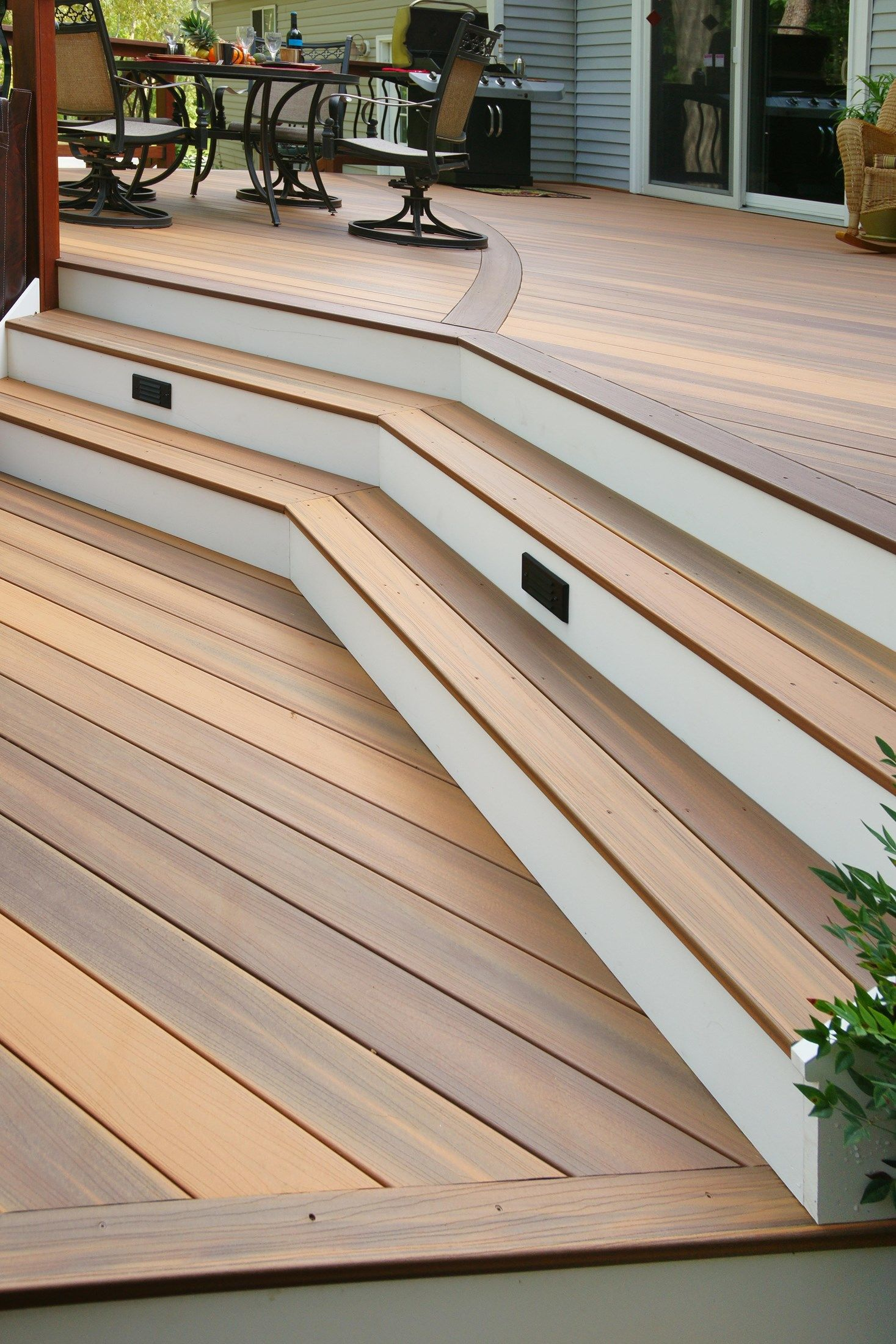 Davidson curved deck - Picture 1415