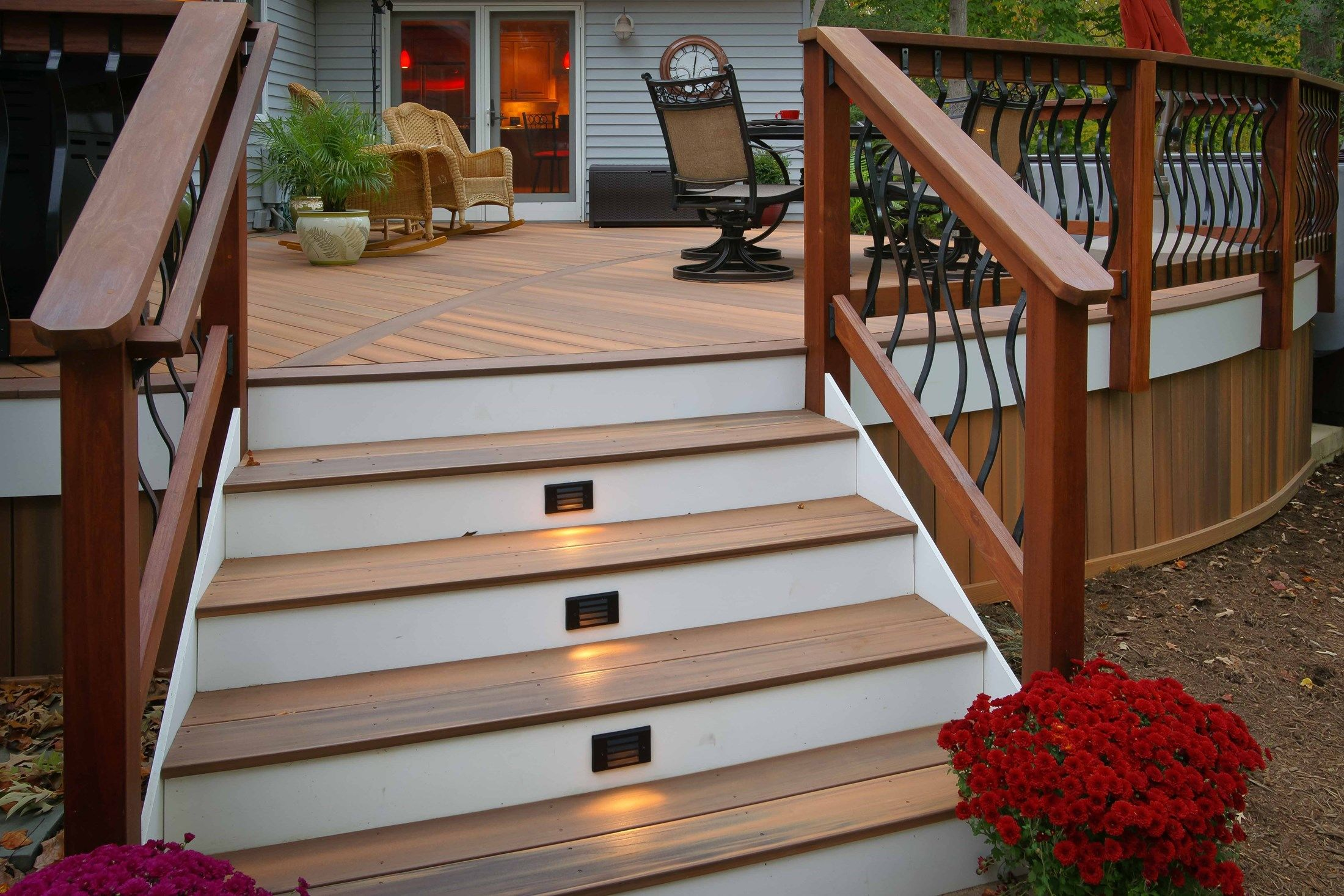 Davidson curved deck - Picture 1426