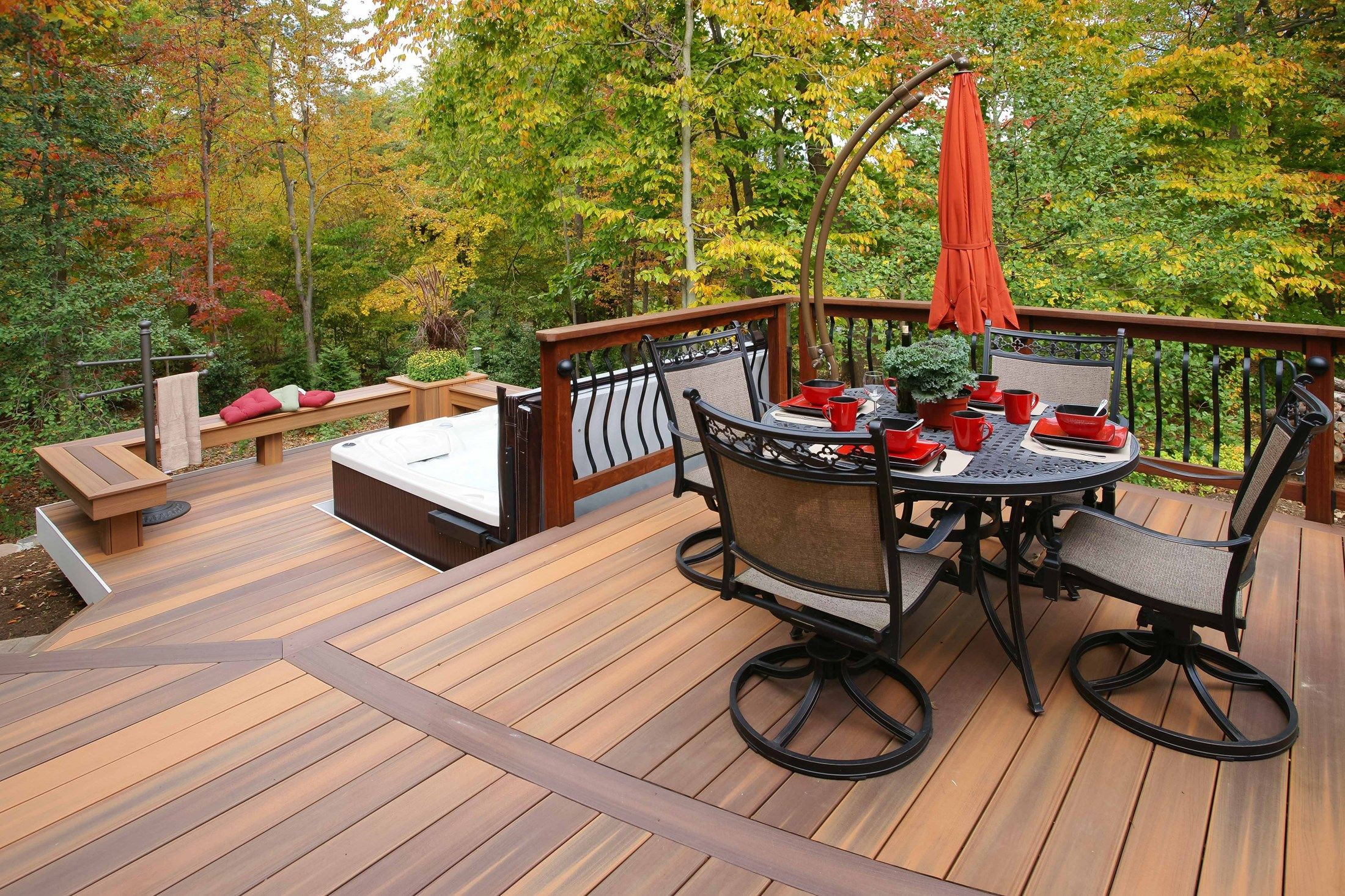 Davidson curved deck - Picture 1431
